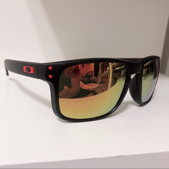363975aacb Men s Oakley Sunglasses Holbrook black red eyewear.  M 5c6fa421d6dc52b5c63794ad